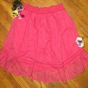 Fun flirty and totally feminine skirt in hot pink!